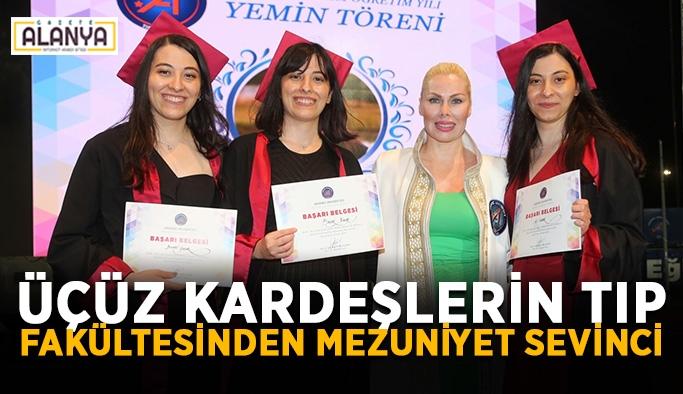 Üçüz kardeşlerin tıp fakültesinden mezuniyet sevinci