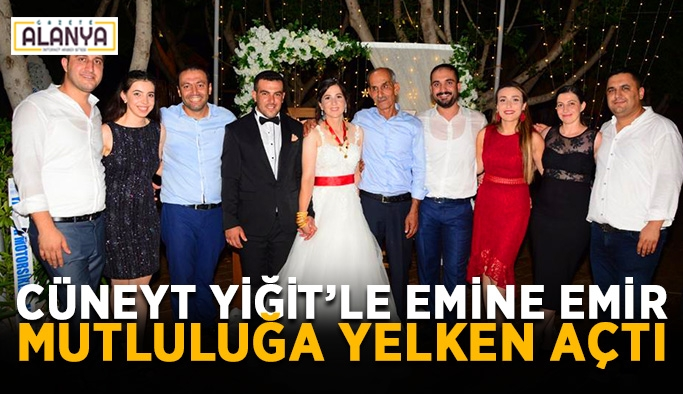 Cüneyt Yiğit'le Emine Emir mutluluğa yelken açtı