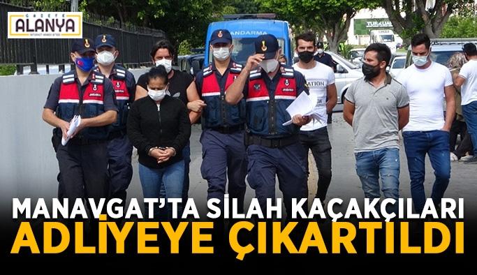 Manavgat'ta silah kaçakçıları adliyeye çıkartıldı