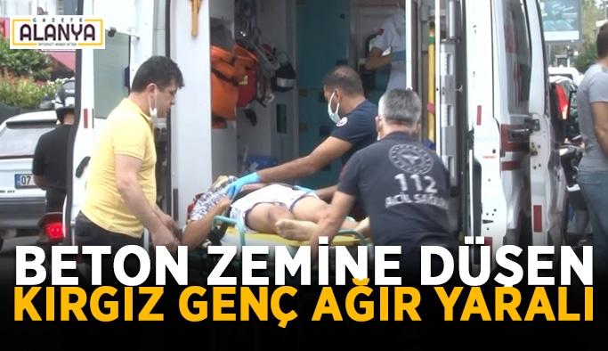 Beton zemine düşen Kırgız genç ağır yaralı
