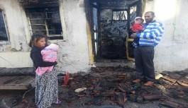 Tarihi Balbey'de ahşap ev alev alev yandı