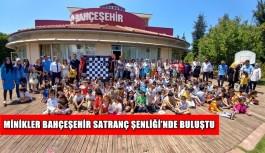 Bahçeşehir Satranç Şenliği'nde minik öğrenciler bir araya geldi