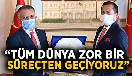 """Vali Yazıcı: """"En kısa sürede aşı çalışmaları tamamlanıp salgın sürecini atlatacağız"""""""