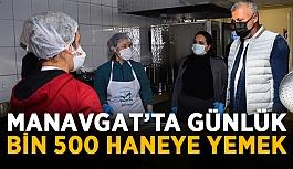 Manavgat'ta günlük bin 500 haneye yemek