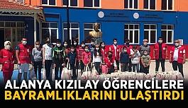 Alanya Kızılay'dan öğrencilere yardım