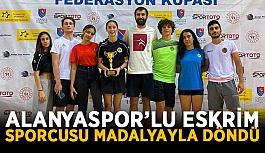 Alanyaspor'lu Eskrim sporcusu madalyayla döndü