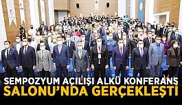 Sempozyum açılışı ALKÜ Konferans Salonu'nda gerçekleşti