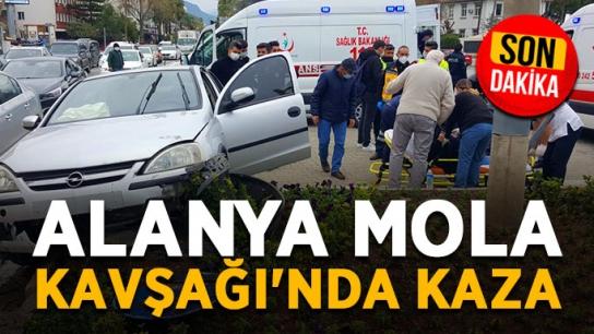 Alanya Mola Kavşağı'nda kaza